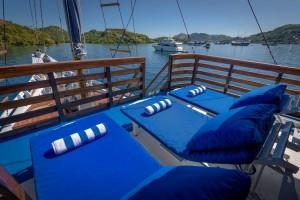 the sun deck of Liveaboard MARI